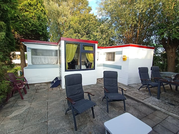 Spacious mobile home in the heart of Holland