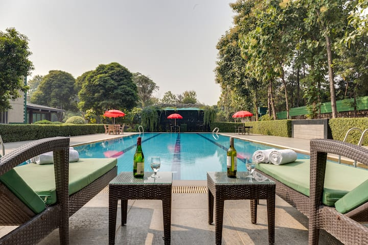 Subhadra - Unique farm escape in Delhi with pool