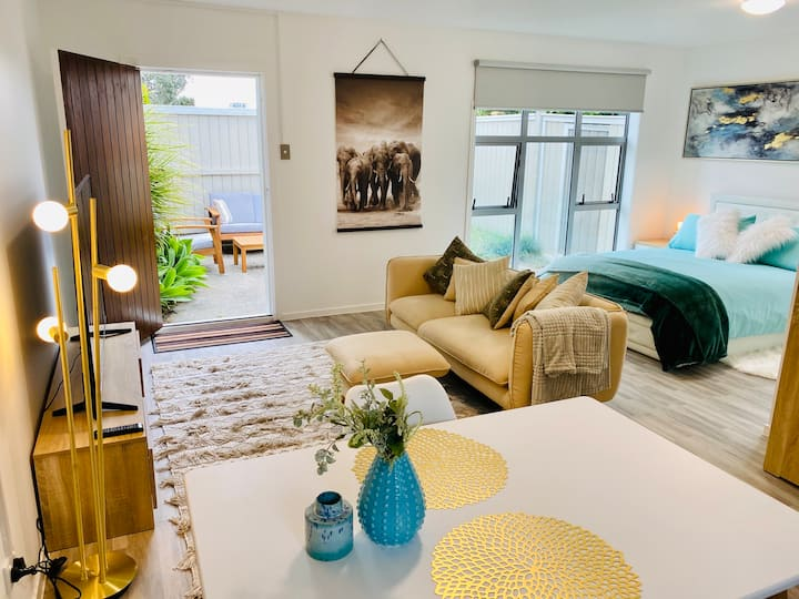 Luxury Takapuna  Guest House