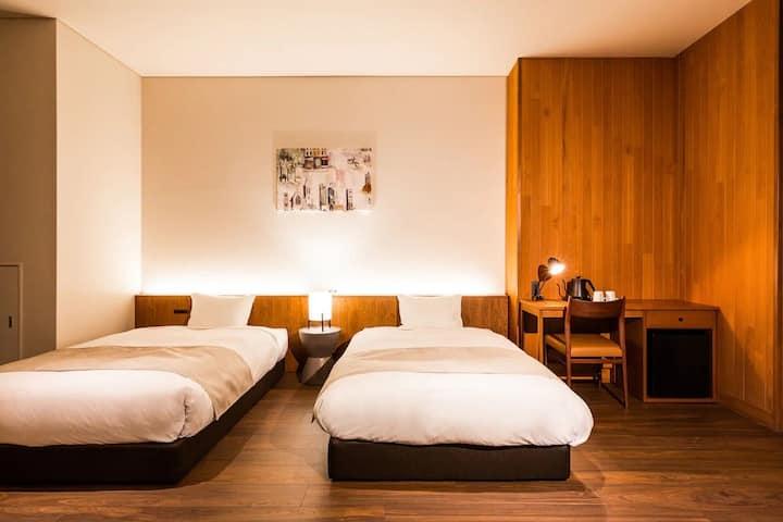 HOTEL KARUIZAWA CROSS / Square Aview 3 people