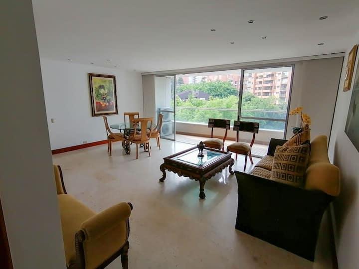 Hevilat- San Fernando Plaza