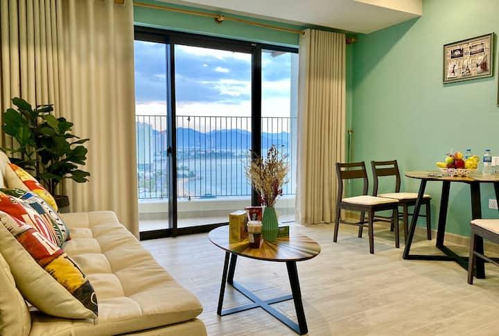 Beautiful sea view apartment.