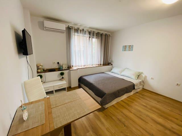 Cozy Studio / Top Top Location