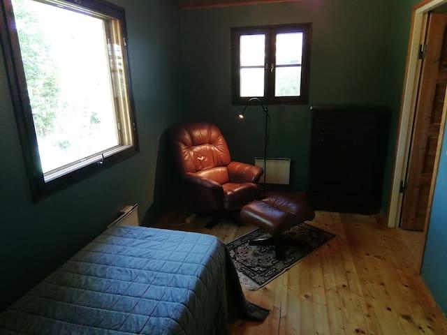 Blue bedroom (no 2)