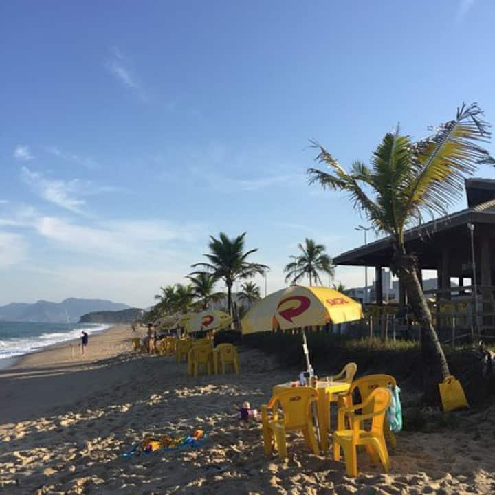Apto - Praia Massaguaçu - (1 quadra da praia)