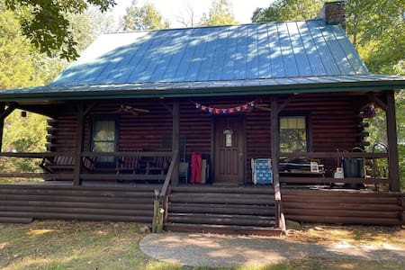 Private Secluded 3BR 2BA Cabin/Lake on 16 acres