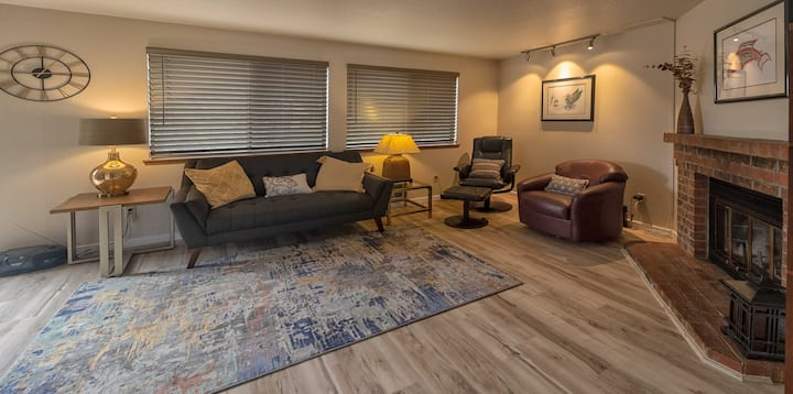 Newly renovated Browns Point Duplex