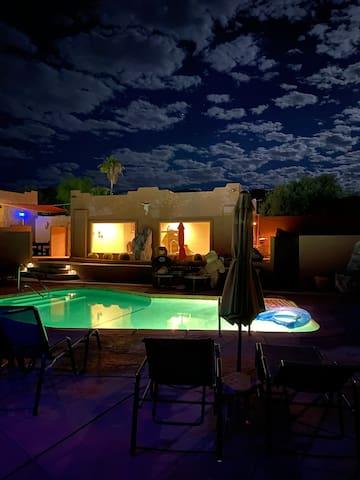 Mi Kasa Hot Springs Resort- ADULTS ONLY