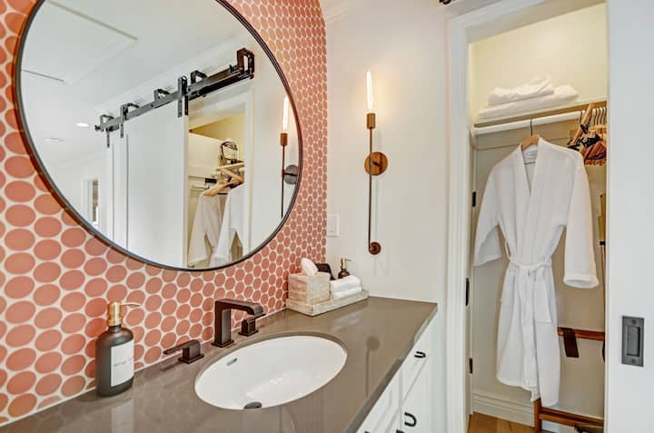 Modern Luxury Condo at Silverado Resort