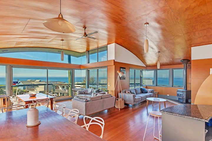 Stunning 270 Degree Ocean Views - Ultimate Escape!