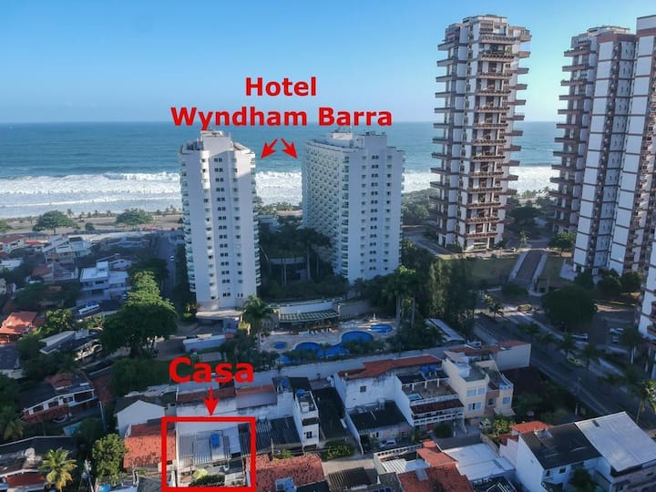 * CASA  NA PRAIA 2 QTS  LADO HOTEL WYNDMAN BARRA!
