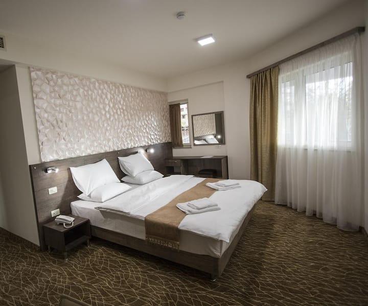 Park Yerevan Hotel 6