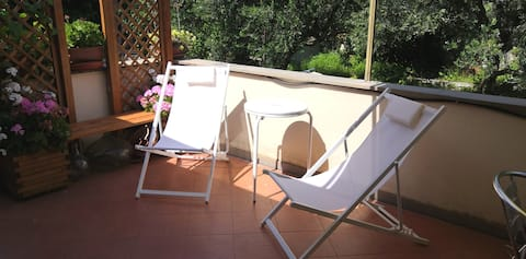 Relax in the green near the sea in Finale Ligure