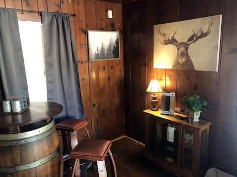 Don't Wake the Bear #2 | Sleeps 4| Min to River