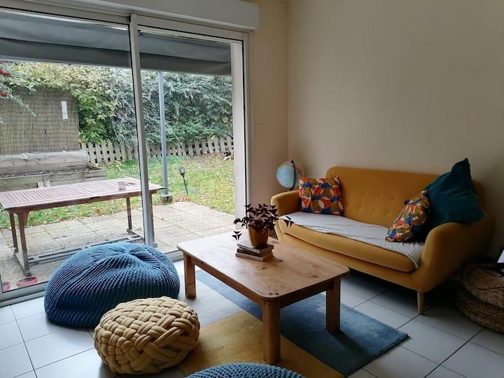 Petit appartement avec jardin