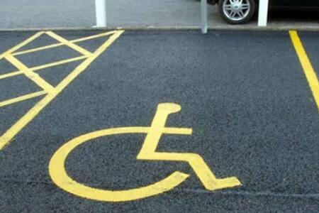 engelli otopark girişi mevcuttur.