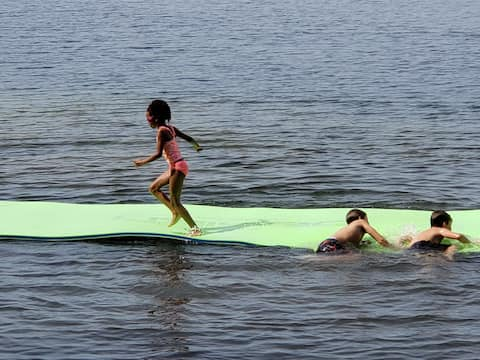 Family fun in a lakeside cabin near Park Rapids