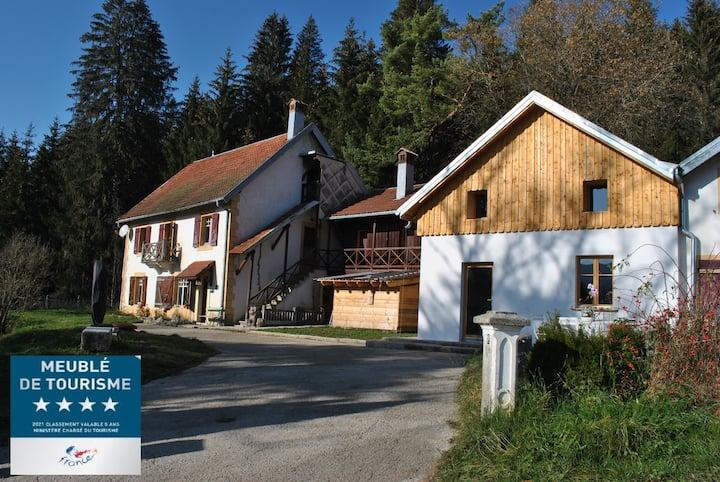 Gîte du Fourpéret - Parc Naturel du Haut-Jura
