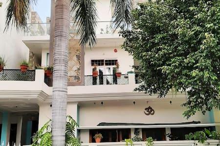 Polution free, hygenic, big terrace & private