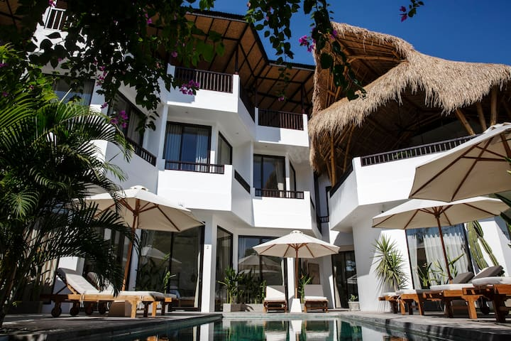 Private room at a wellness retreat in Pererenan