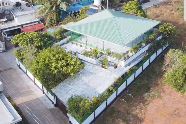 Luxury 4 bedroom fully furnished villa