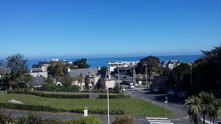Appartement cosy, les rosaires, avec vue sur mer