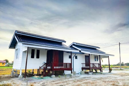 Homestay Pepadi 1 - Beautiful View in Sekinchan