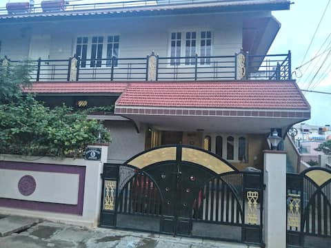Very nice and quite home stay in Chikmagalur.