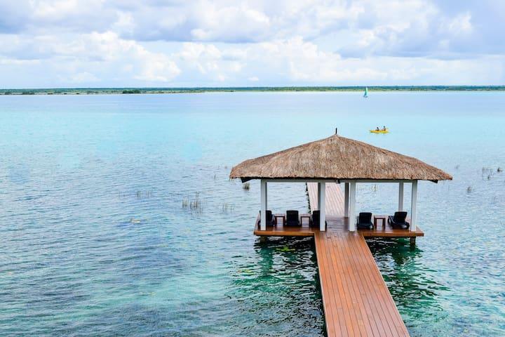 Hanna Sofia House - Lagoon Front 4 Bedrooms