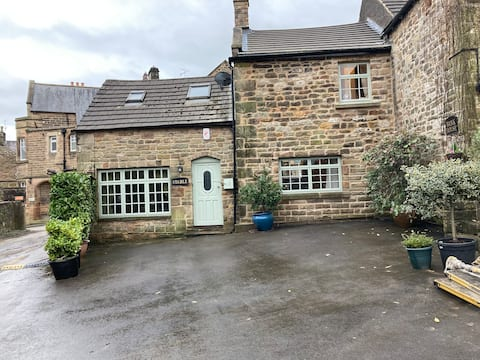 Cosy and quaint stone cottage full of character