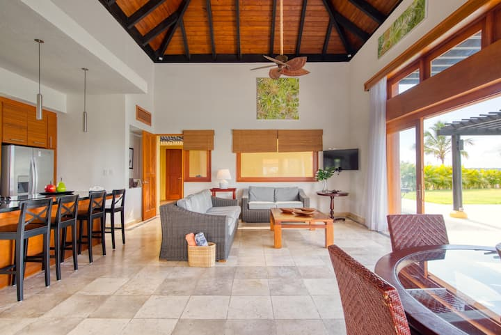 Barefoot living in mind native greenery villa