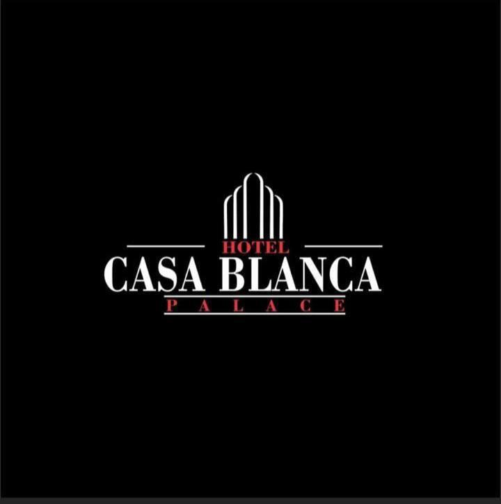Hotel Casa Blanca Palace en Puerto Boyacá