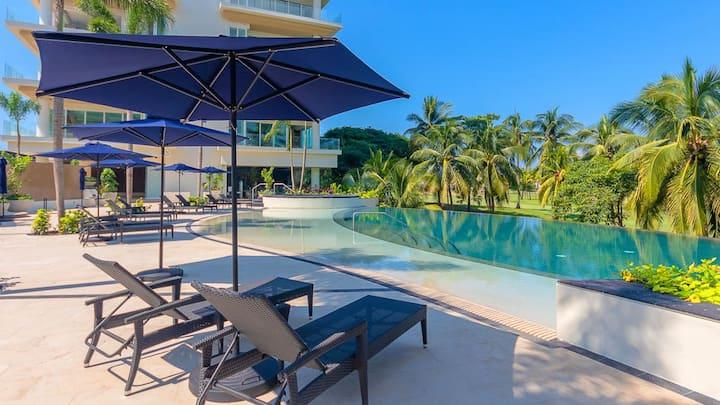 New Luxury Apartment in Marina Puerto Vallarta!