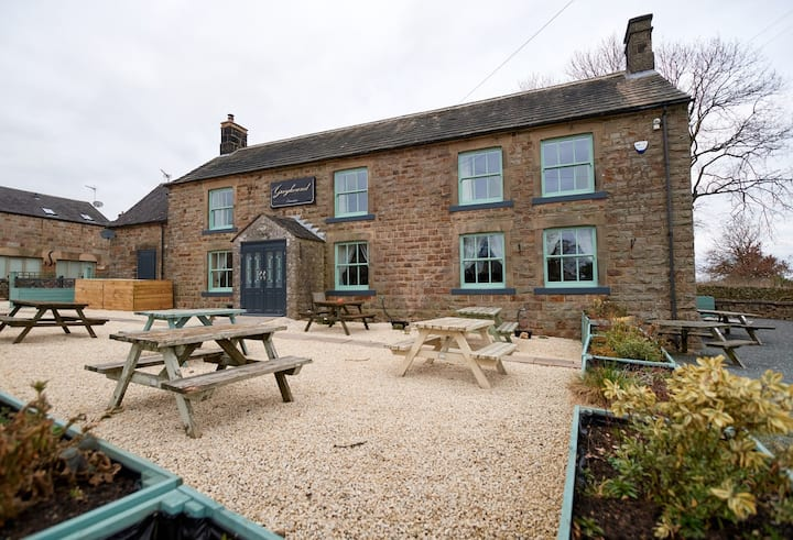 Peak District Award winning Coach house