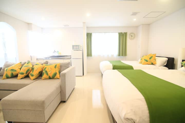 4A-Walk distance to Kokusai st, beach&monorail Sta