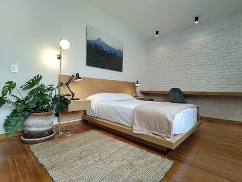 Exclusive and beautiful Esmeralda apartment