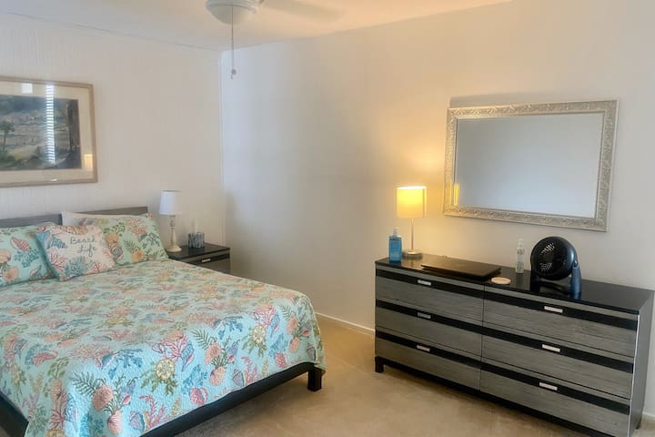 GUESTS will love this Room- Queen Bed