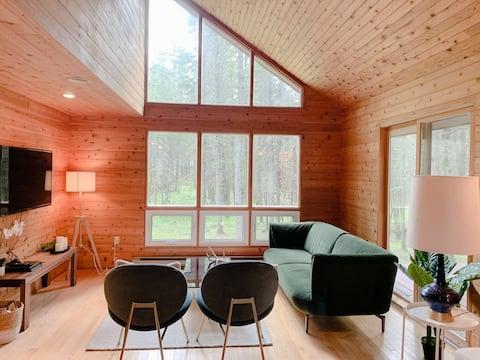 Retro glamoureuze hut in het bos