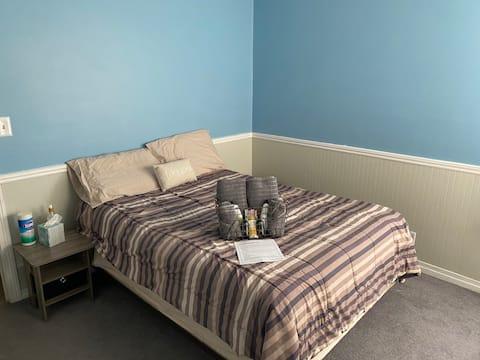 Comfy KS Guest Room