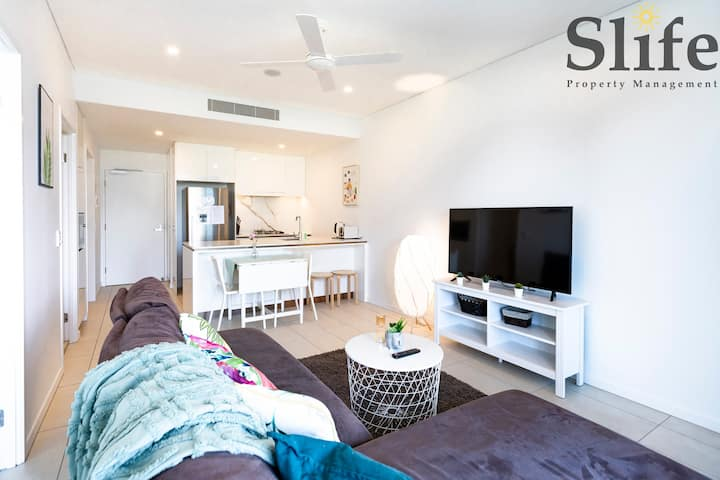👑New Southbank CityView Stylish 2BR Pool&Parking👑