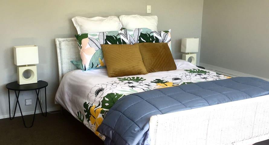 Bedroom 2 - Queen bed, lovely warm spacious room
