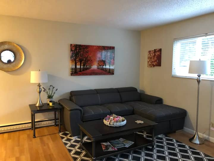 Private setting near downtown Grass Valley