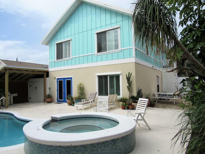 LunaSea Beach House