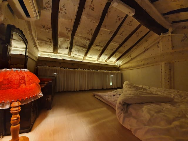 침실 다락방1
