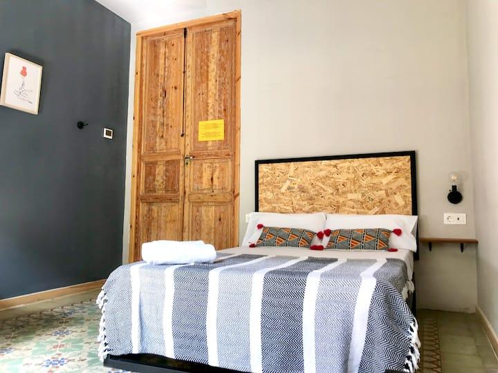 Habitación doble con cama supletoria (No. 102)