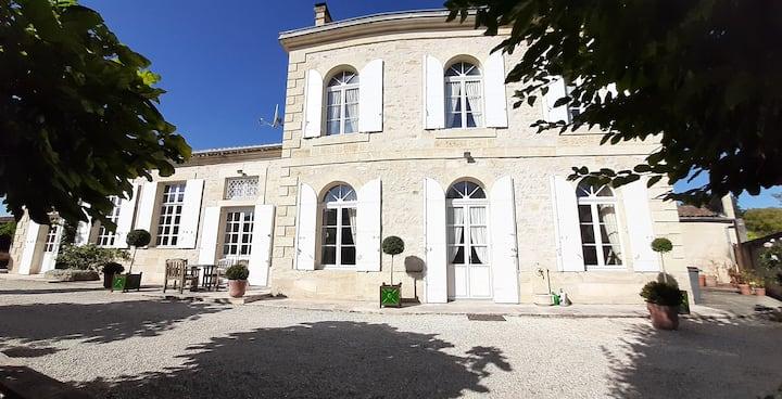 Gorgeous Maison de Maître near Saint-Emilion