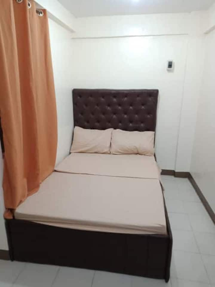 {K1C} Cheap Studio Near Eastwood City