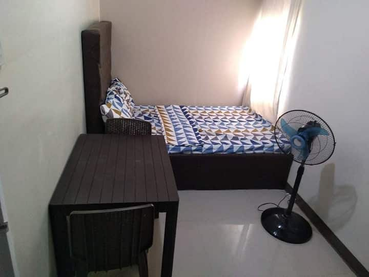 {K4G} Low Cost Studio Near Eastwood City