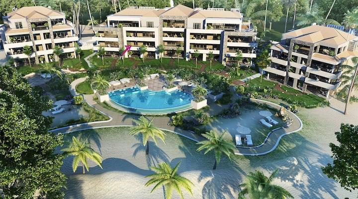 Beachfront luxury 3 BDR at Blue Bay Beach Resort