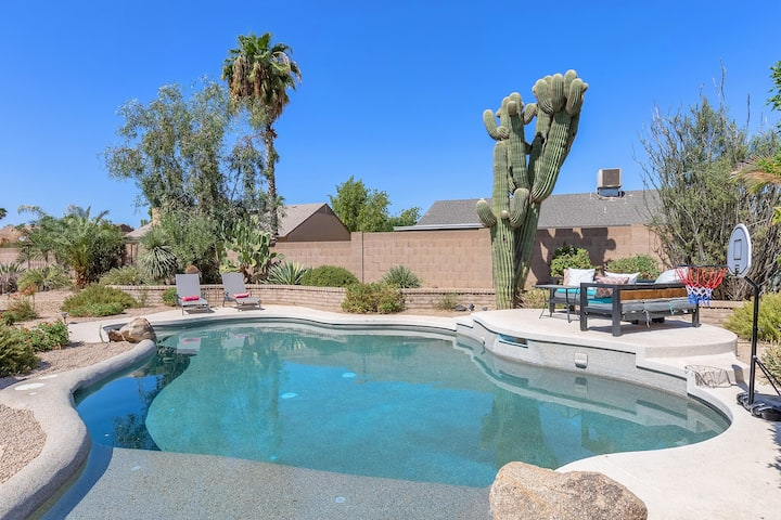 An Entertainer's Dream House! North Scottsdale!